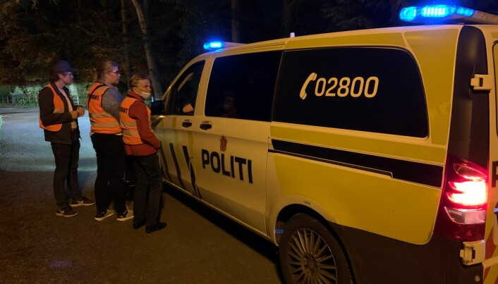 Politiet følger også med på hva som skjer under fadderuken. Her fra Bergen natt til fredag.