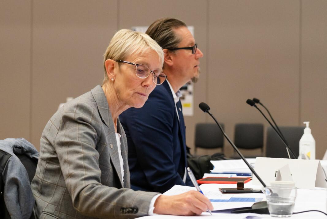 Torsdag presenterer rektor Anne Borg ved NTNU sine forslag til nedskaleringstiltak for campusprosjektet. Her fra styremøtet 25. august.