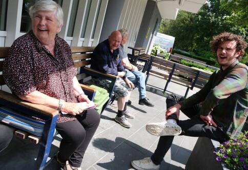 Full rulle på gamlehjemmet: Her bor studentene med seksti år eldre naboer