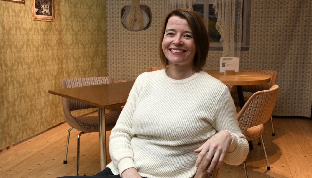 Midt i hektisk valgkamp, her fra Frø kafe i Tromsø, Kriss Rokkan Iversen.