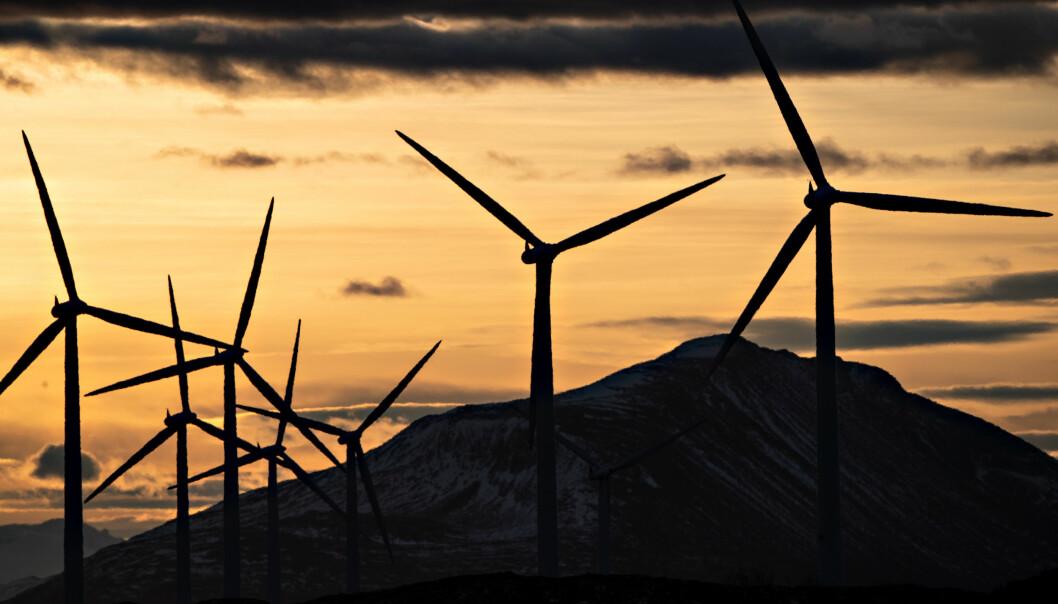 Forsker Lars Gulbrandsen tror de hadde fått et annet resultat av forskningen sin på vindmøller om de hadde søkt midler i dag enn det de fikk for noe år siden.