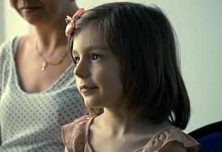 Personlig og stillferdig dokumentar om jente født i en guttekropp