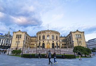 Høgskolelektor utsatte jobbstart – fikk tre måneder etterlønn av Stortinget
