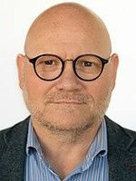 Bengt Morten Maximilian Wenstøb jobber ved Institutt for velferd, ledelse og organisasjon.