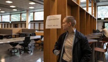 Hanna Steffenak sier at mangelen på en lesesal og samlingsplass har vært krevende under masteroppgave-skrivingen.