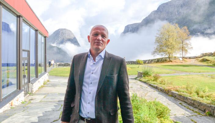 Rektor ved Høgskulen på Vestlandet, Gunnar Yttri, ønsker tydelige rammer for de nye universitetene.