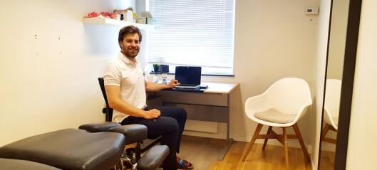 Nils (29) måtte utdanne seg til kiropraktor i utlandet: — Tryggere i Norge