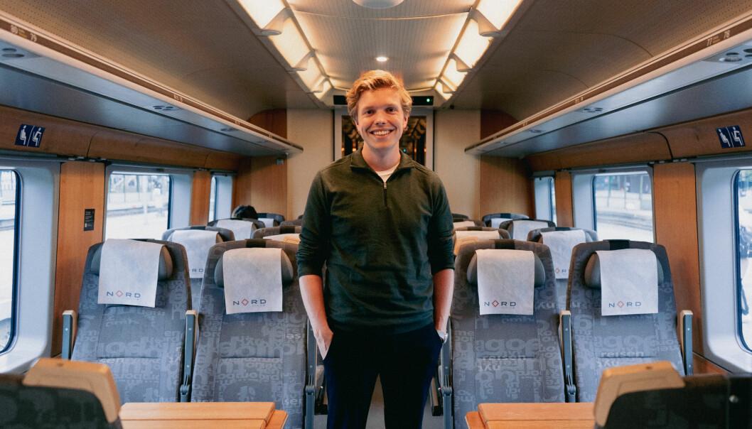 Tidligere i høst tok Gard Skulstad Johanson tog (og buss) til Tromsø for å holde et innlegg på et møte.— Jeg gjorde det fordi jeg syns tog er gøy og det er nok i kategorien «symbolske tiltak», men symboler fungerer, skriver Johanson.