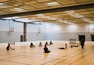 Studentenes idrettshall i Bergen tåler ikke regn