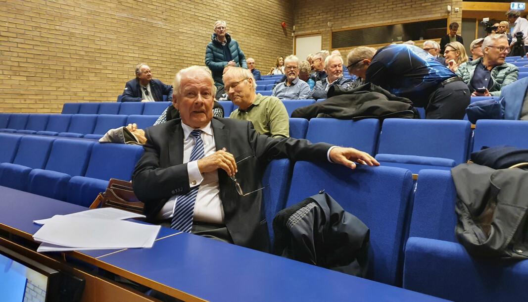 Frp-legende Carl I. Hagen talte til forsamlingen under tirsdagens lanseringsarrangement med Klimarealistene. Han ba blant annet det nye tidsskriftet om å lytte til noen av rådene fra Klaus Mohn.