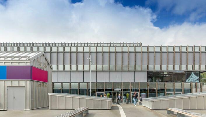 USN sitt Campus Kongsberg ligger midt i området der drapene tirsdag kveld skjedde.